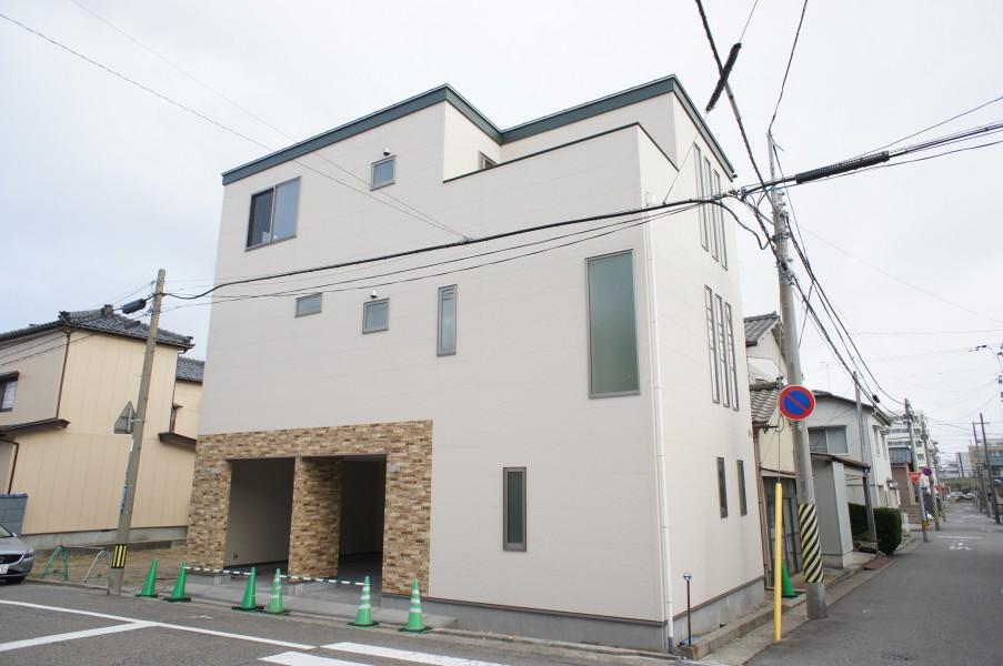 中央区関屋田町