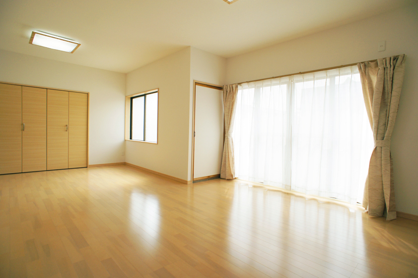 リフォーム事例07:築34年の住宅の内装フルリフォームしました。
